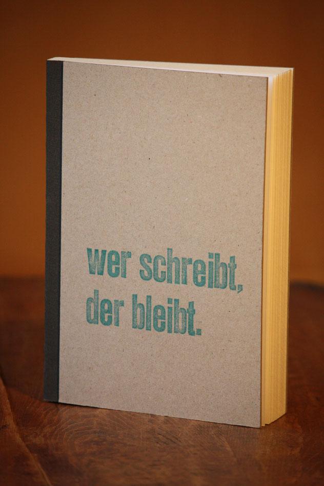 Gästebuch // 72 Blatt // innen: weißes Papier // 12 €