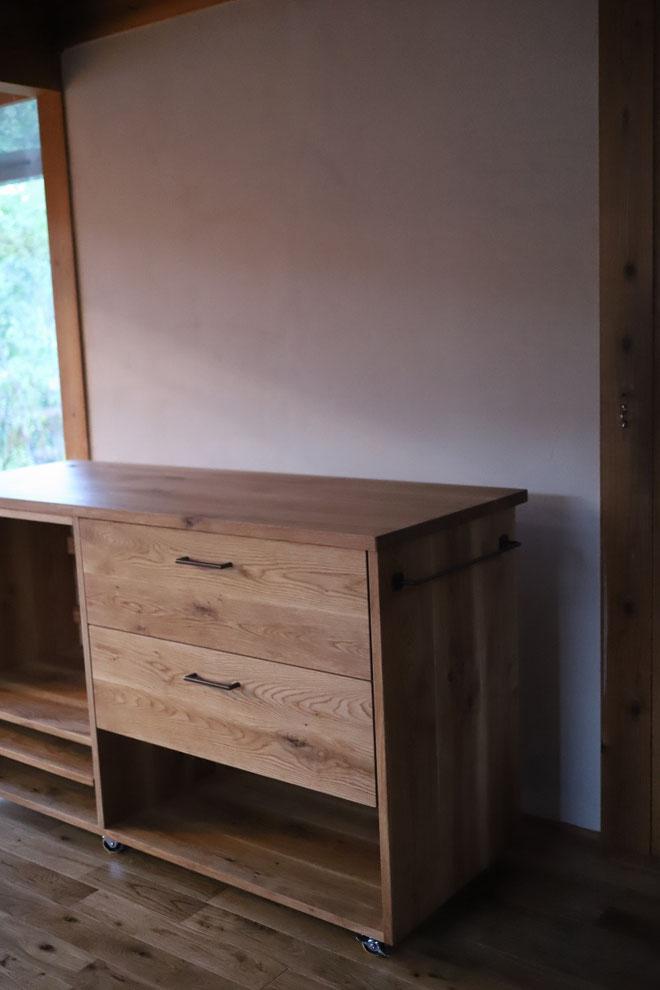 木のキッチンカウンター 電子レンジ用カウンター