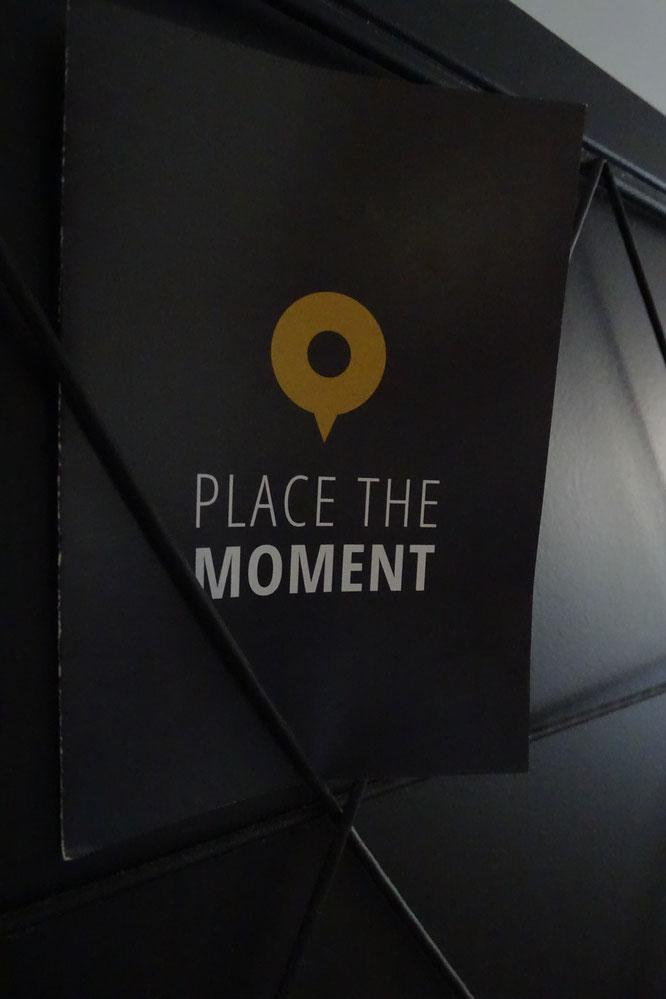 poster met coördinaten Place the moment