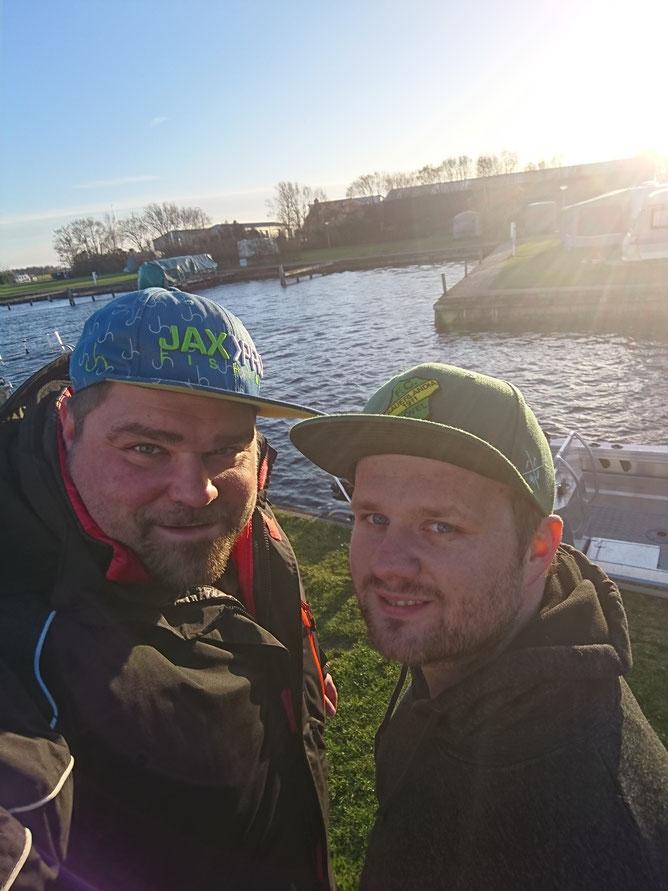 Benny und Marius in Sloten beim SFB Kurs von Rheinlandboote