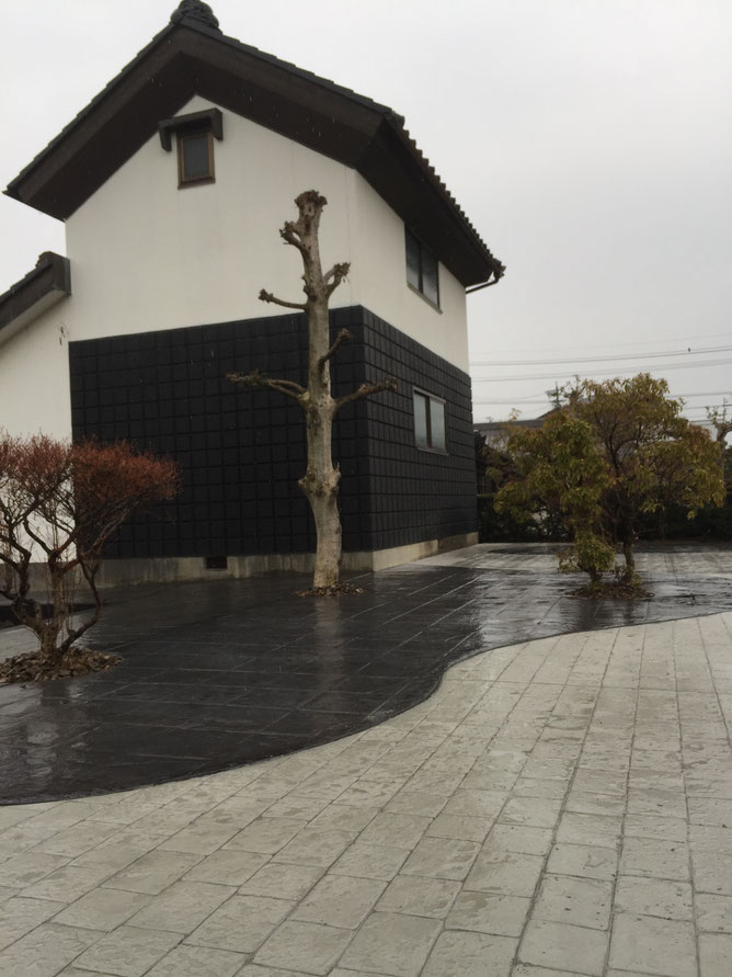 和風 和風モダン 和庭 造園 外構 庭 駐車場 スタンプコンクリート デザインコンクリート 外溝 門 塀