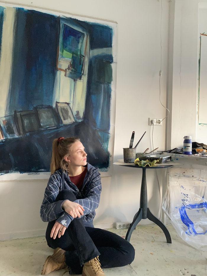 Marianne in haar atelier