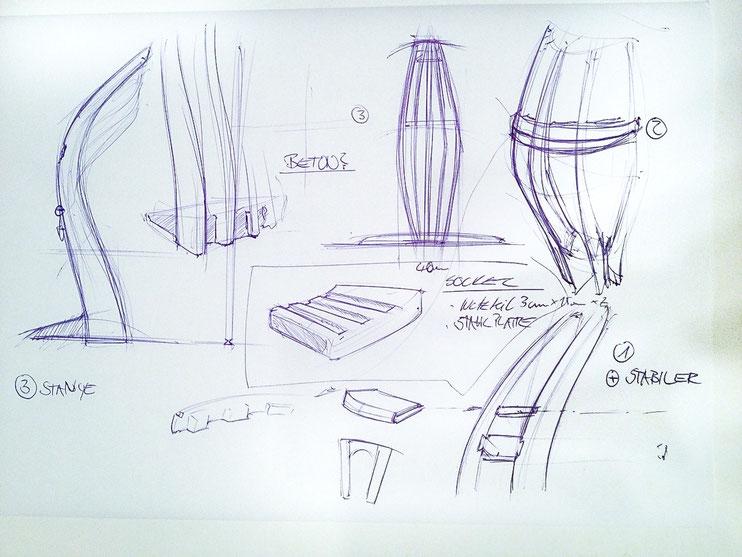 Bild: Design Stehlampe mit LED Technik