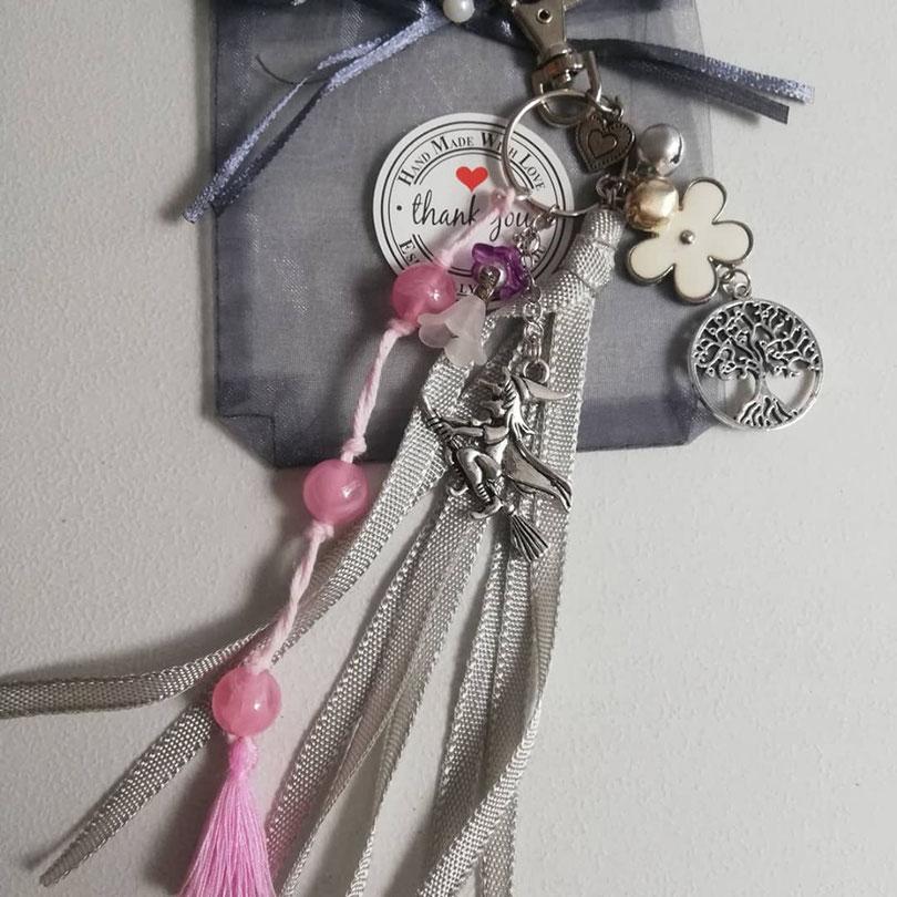 Sleutelhanger thema sprookjes in roze zilver