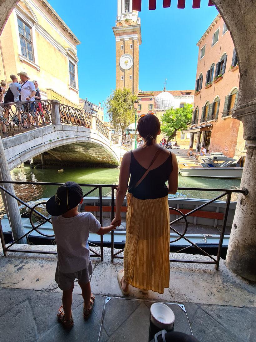 Venedig Brücke Familie