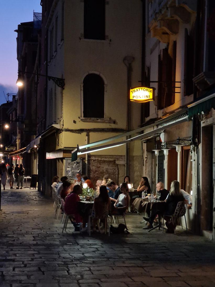 Trattoria Bar Pontini Venedig Nacht