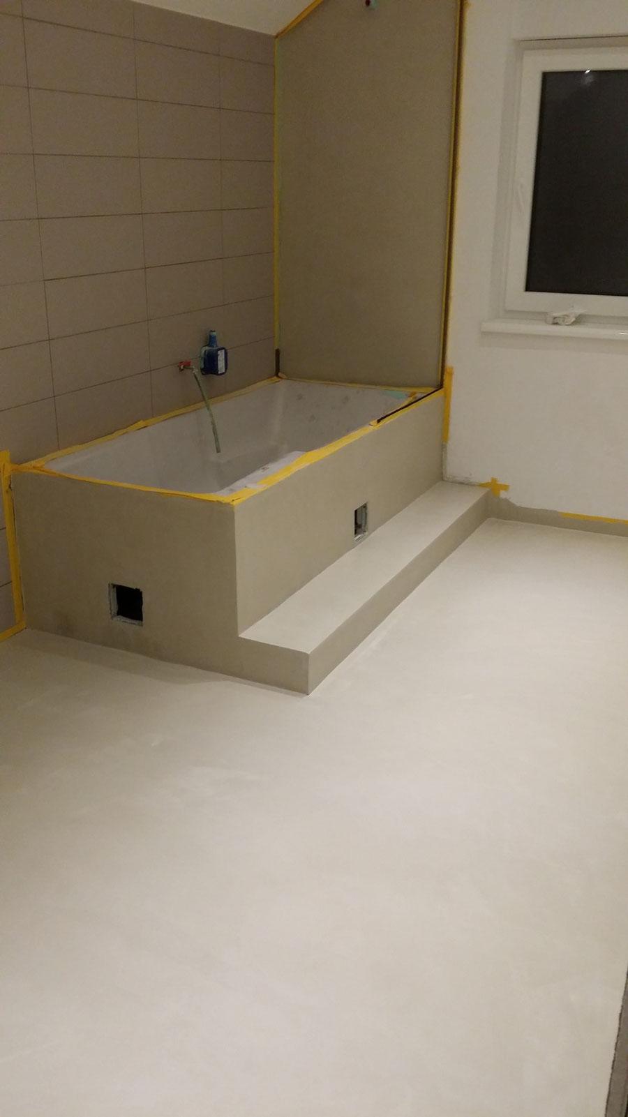 Bett selber bauen podest for Badezimmer bauen