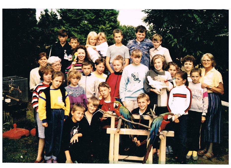 Erste Kindergruppe 1991 aus Belarus zur Erholung in Marlow