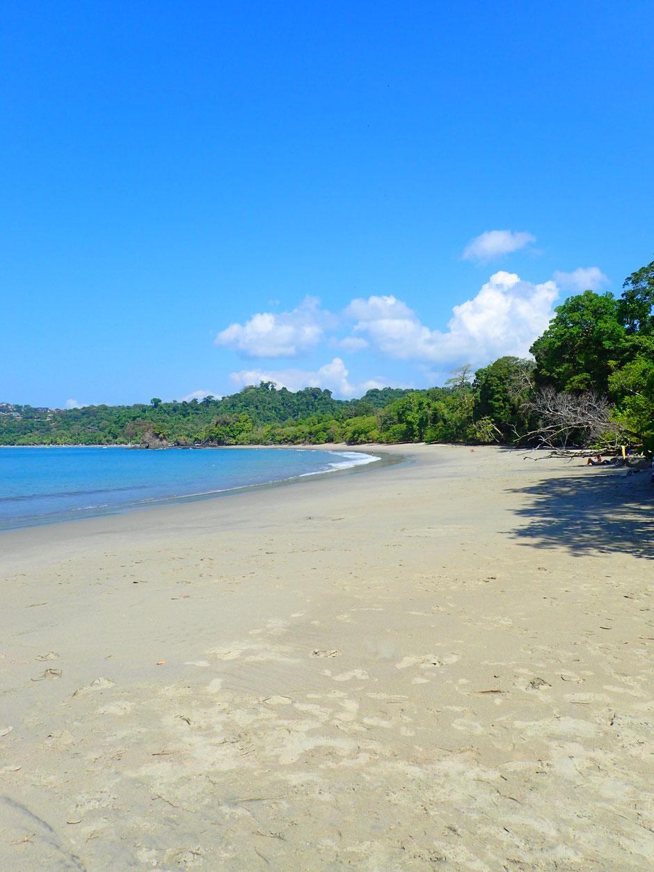 Plage du Parc national de Manuel Antonio. Road trip au Costa Rica. www.missaventure.com blog voyage d'aventures, nature et photos