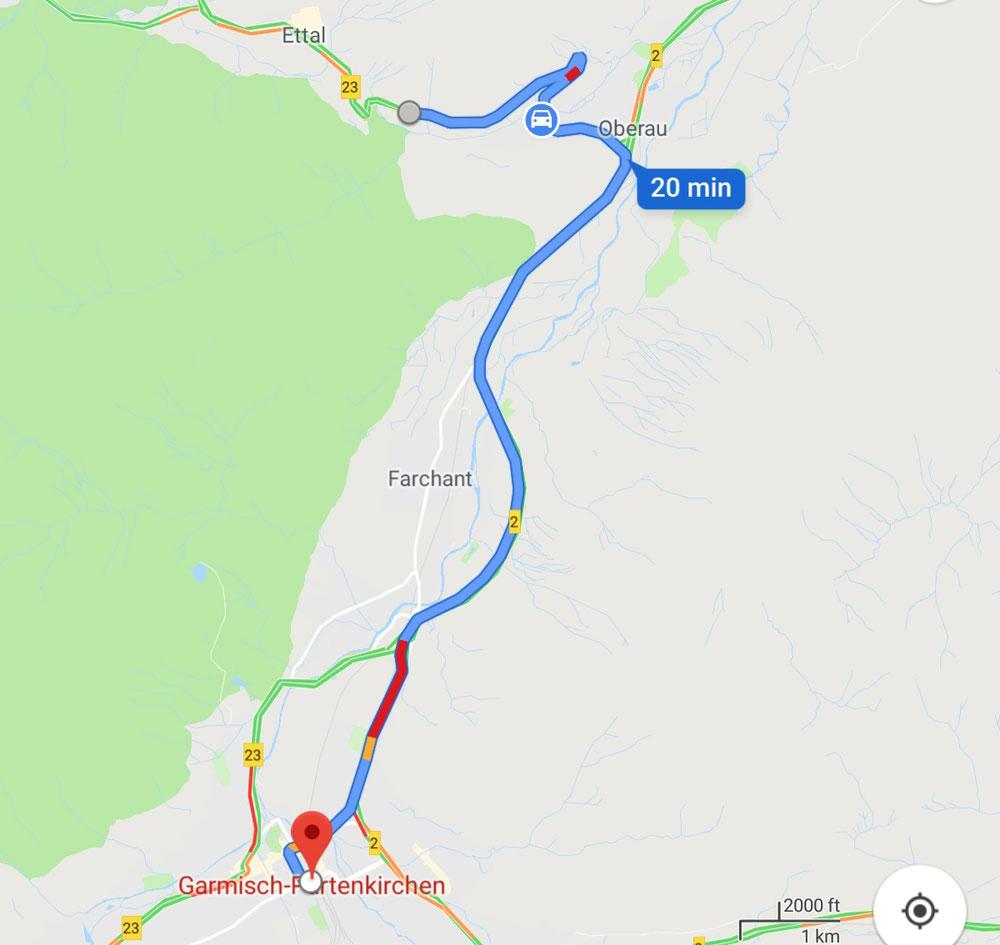 Gestern, während der Fahrt nach Garmisch.P., sind wir in Ettal und Oberau angehalten. In Ettal bewunderten wir die wunderschöne Benediktinerabtei, eine bedeutende Wallfahrtsstätte und in Oberau wanderten wir einen Meditationsweg entlang, der als Rundweg einer sehr alten Handelsstraße angepriesen wurde.
