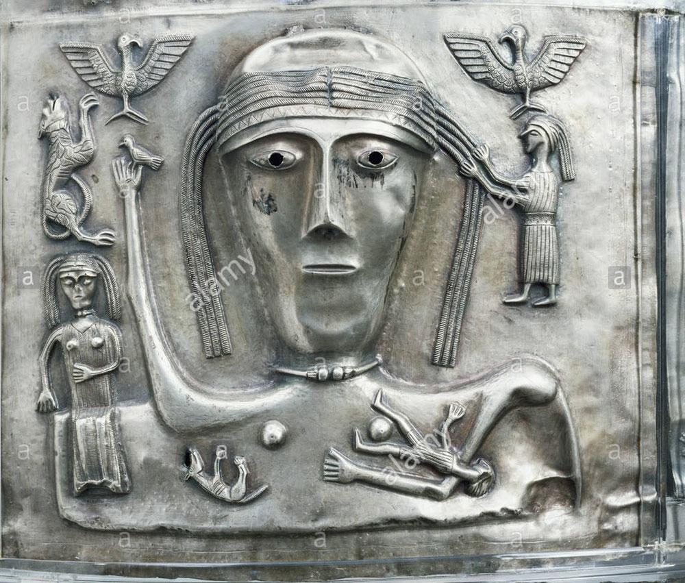 Gestation mortuaire.(mori) Chrétien silimilaire avec imagerie Marie qui soutient le fils mort.