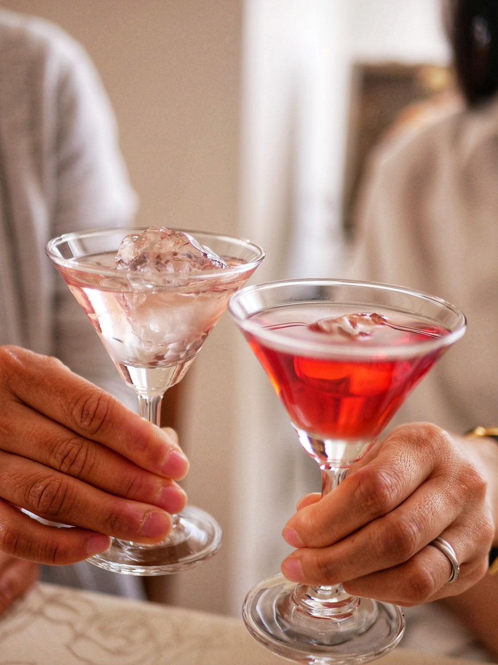 薔薇ジュースで乾杯。