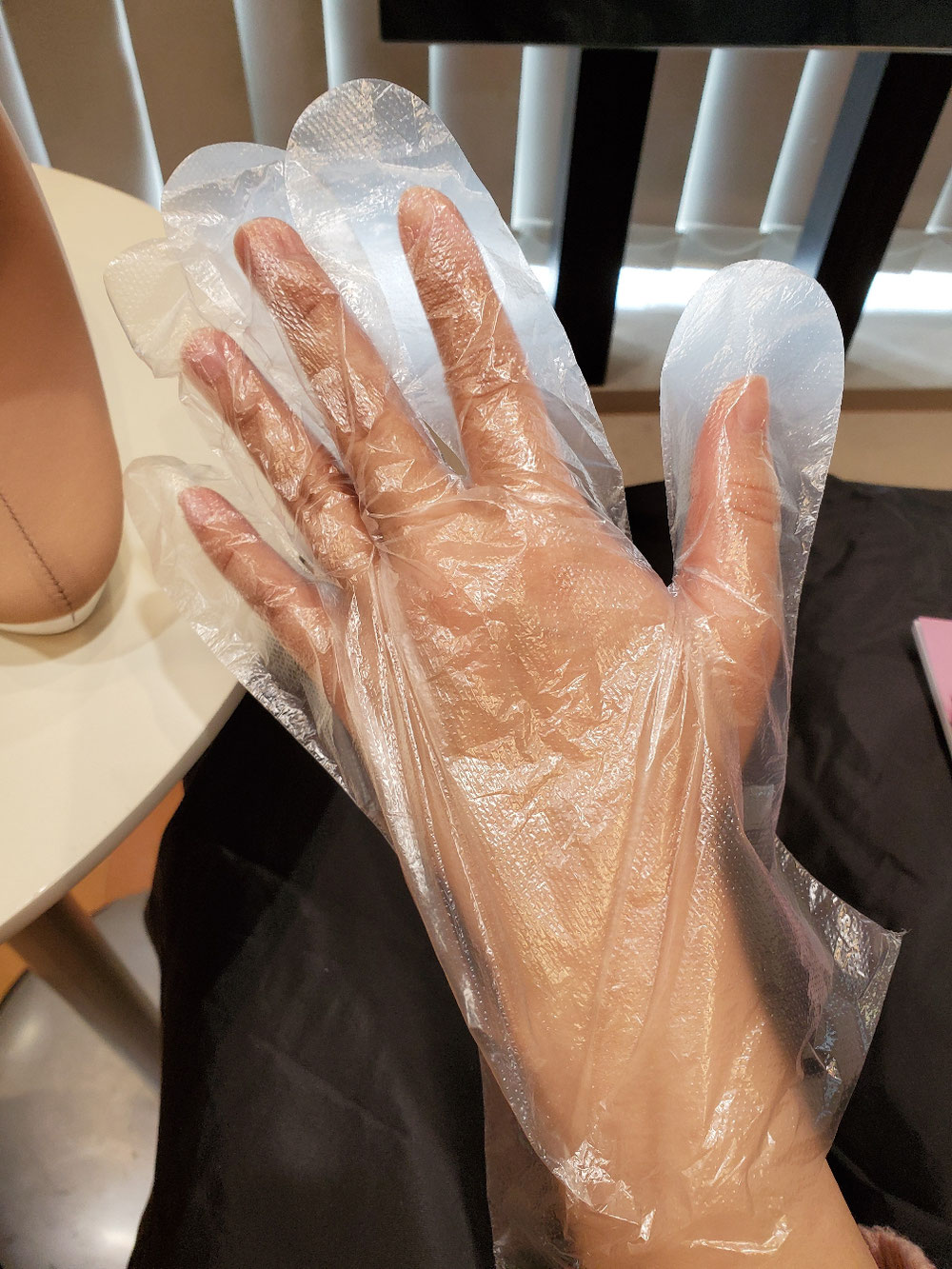 あら、Hちゃん小さくて可愛い手✋♥️手袋ブカブカ(笑)