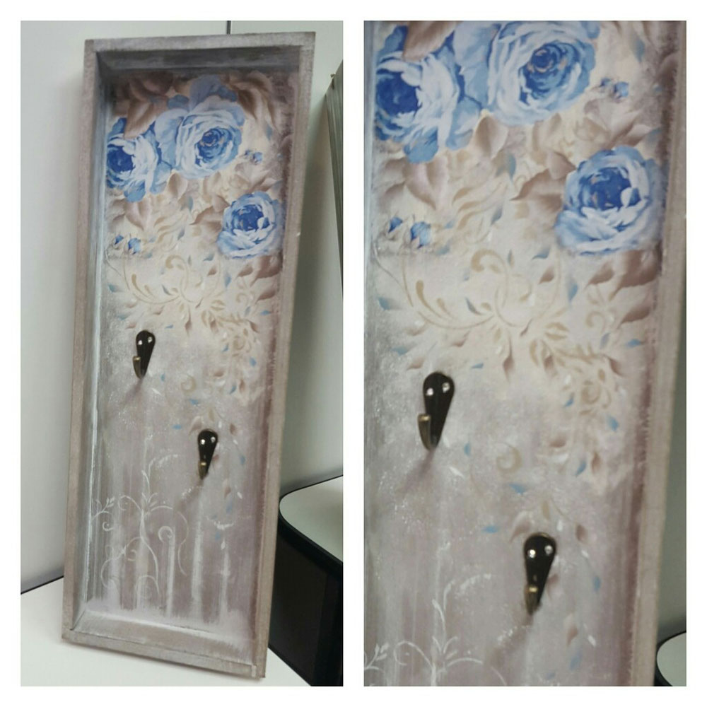 Portachiavi in legno + misto decoupage e pittura a mano