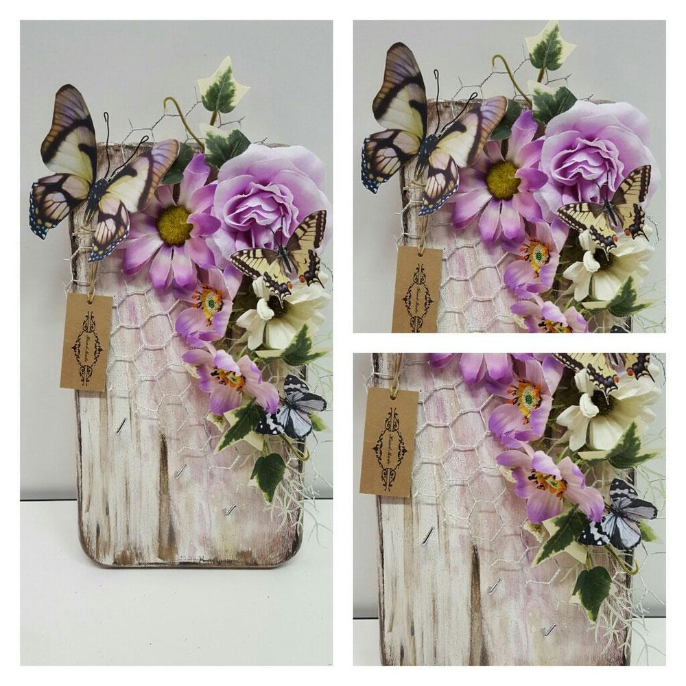 Portachiave in legno + aggiunta di oggetti decorativi