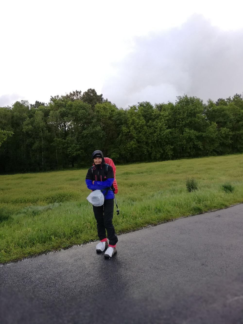 Ein letztes Mal gegen den Regen rüsten.