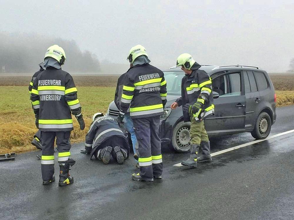 Einsatz - Verkehrsunfall - Feuerwehr Hainersdorf