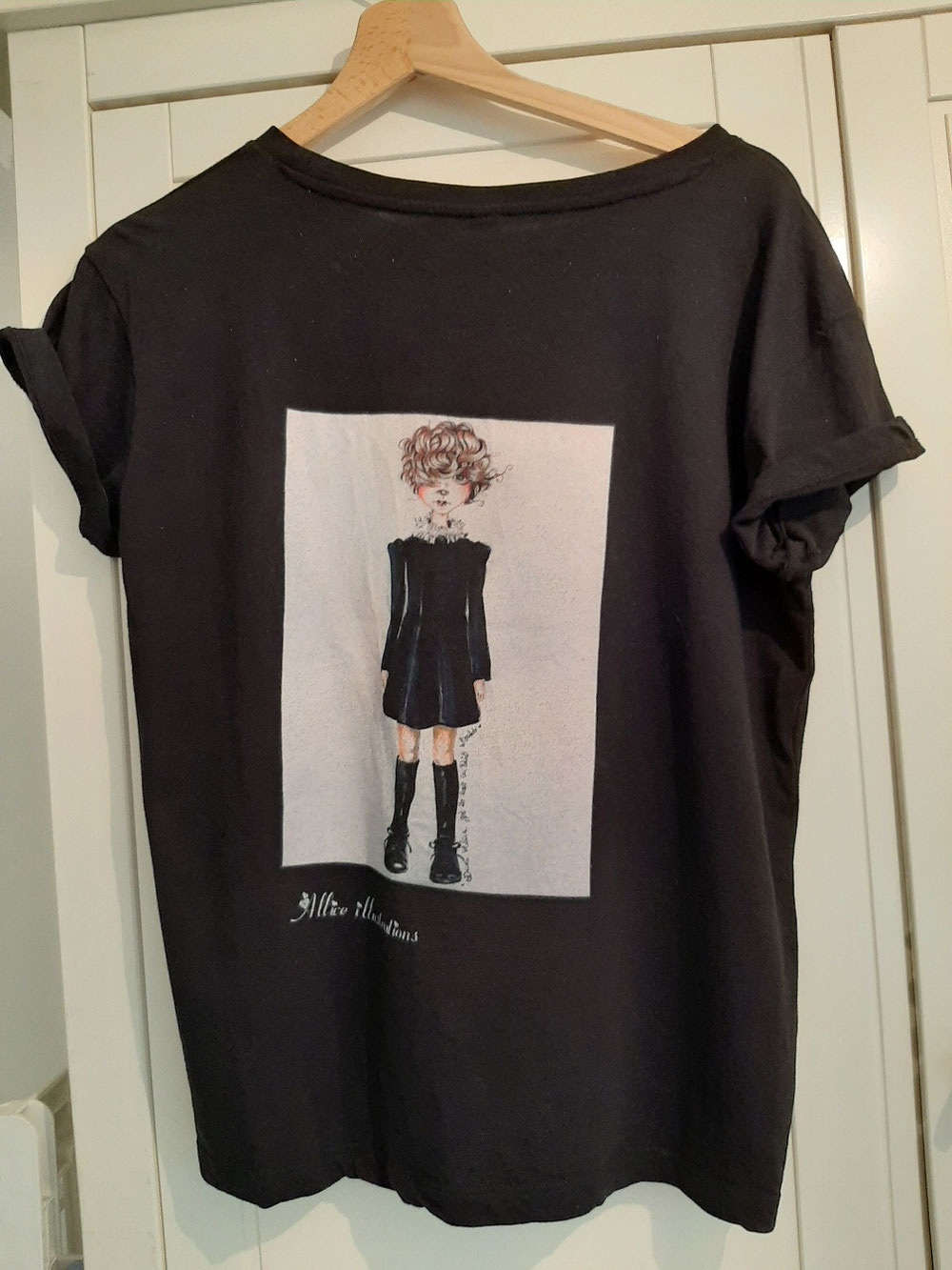 Special edition Wednesday Adams t shirt 20 euro's