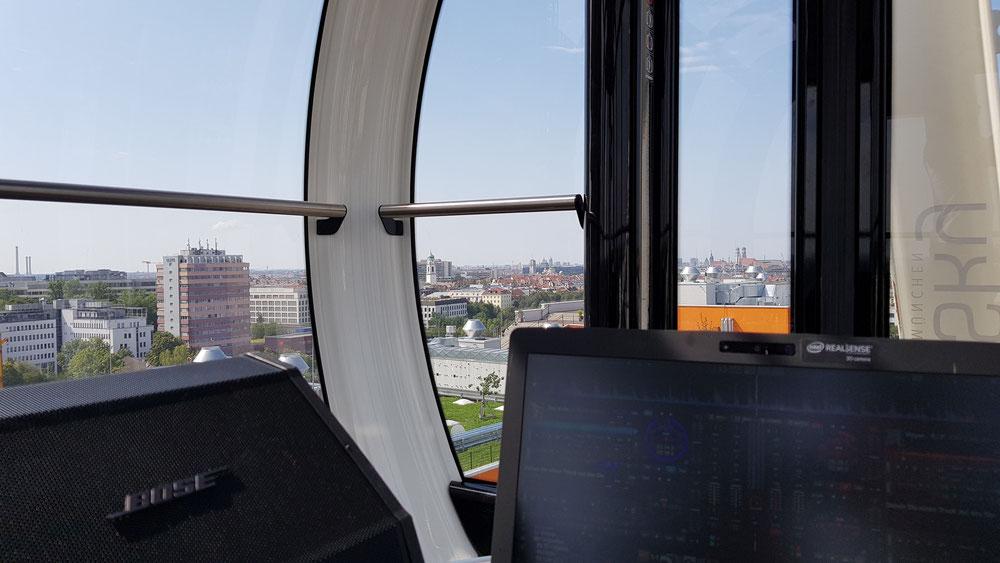 Ferris Wheel with DJing in Cabin