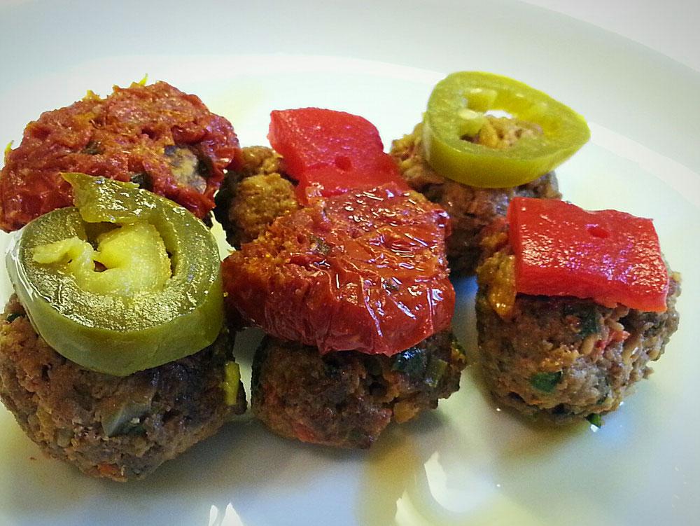 Mini Kebab-Köfte mit Gewürzen aus dem Orient