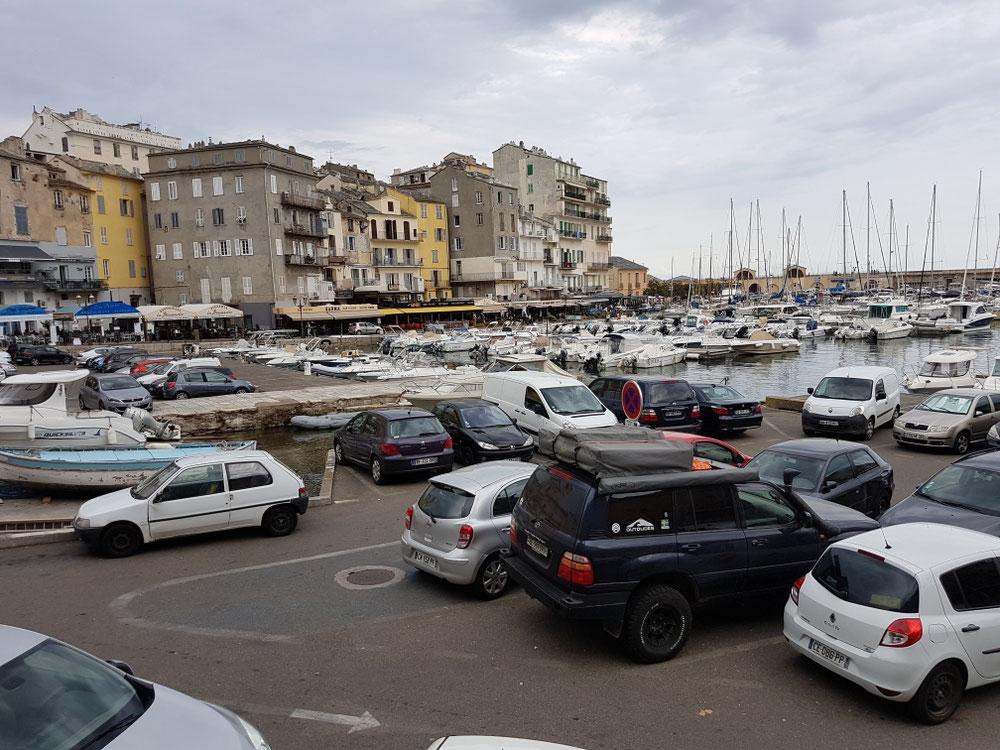 ...bini z Bastia acho...