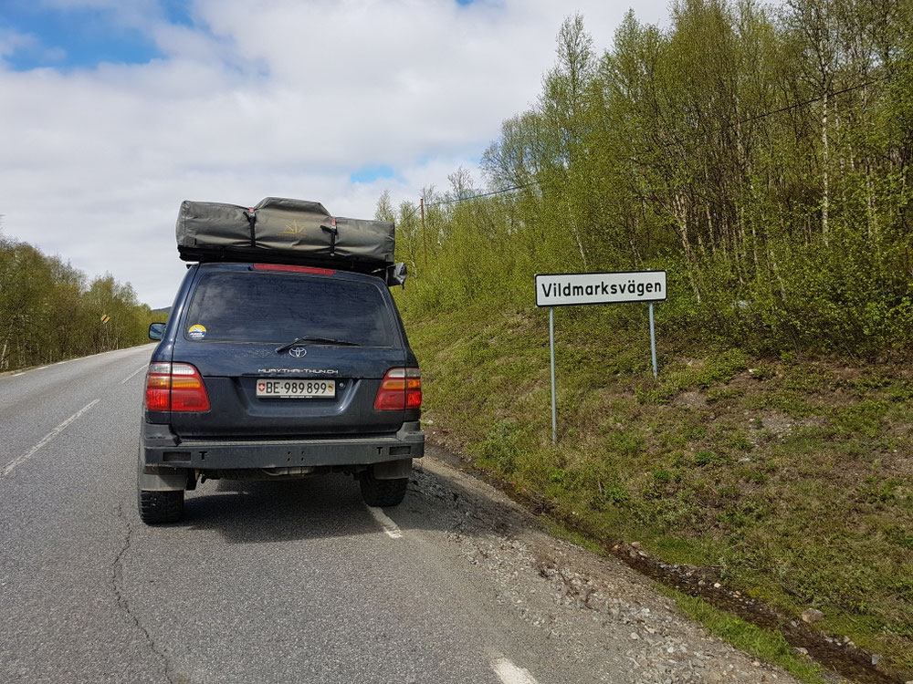 "U witer richtig Nordä uf der ""wilderness-road"""