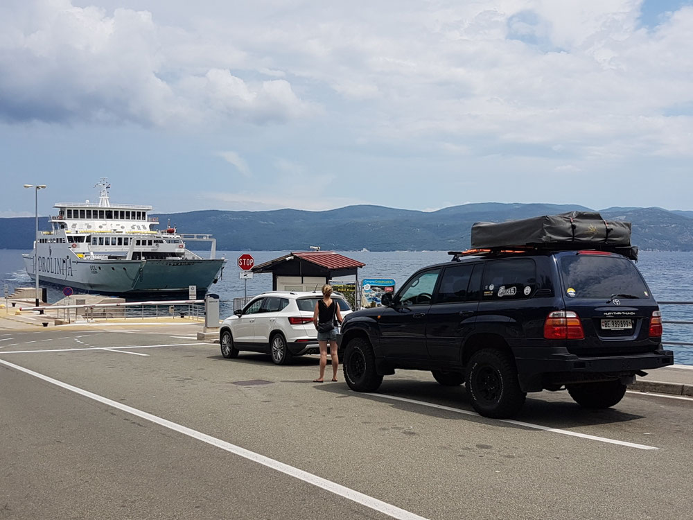 Arriving of the ferry to the ile of Cres...