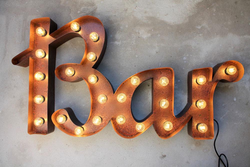 BAR Leuchtschrift LED Leuchtbuchstaben Metall Rusty Vintage Retro Marquee Letters Nostalgie Metallbuchstaben
