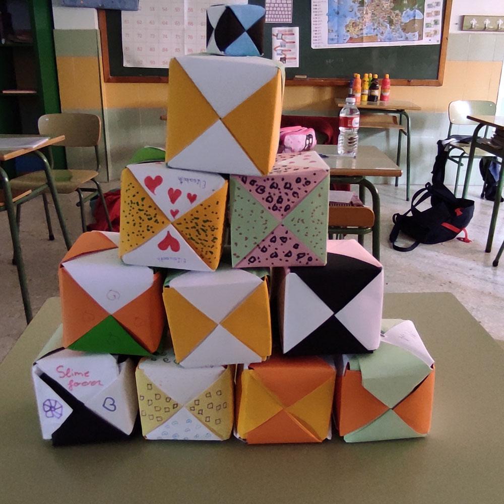 Cubos papiroflexia 6A