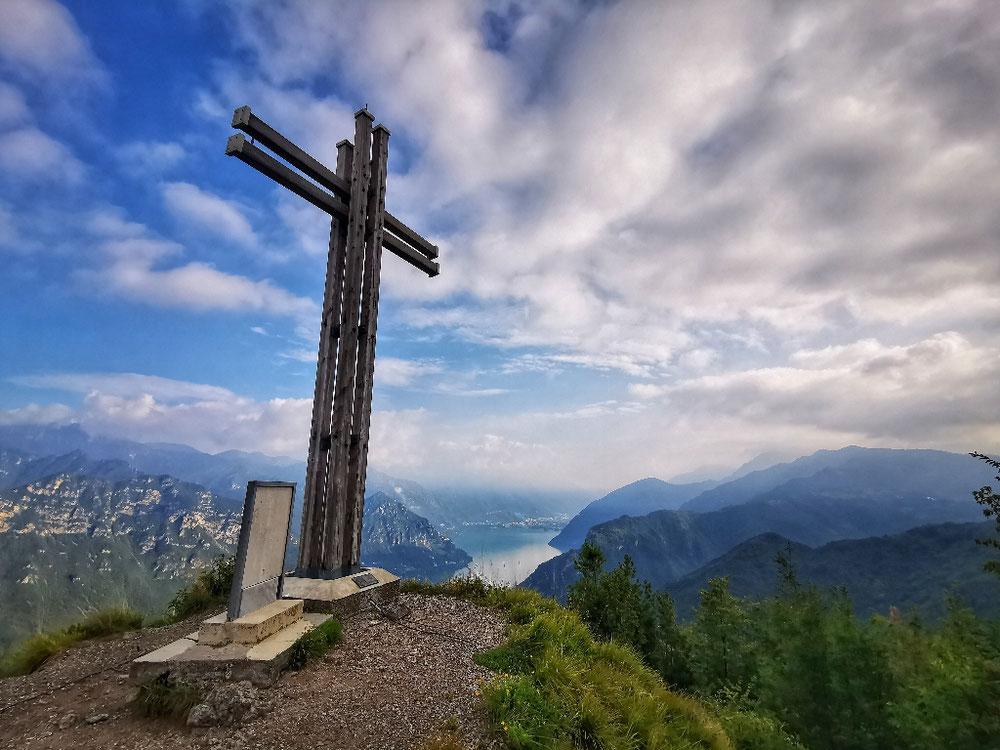 Genialer Ausblick am Monte Croce di Perle...