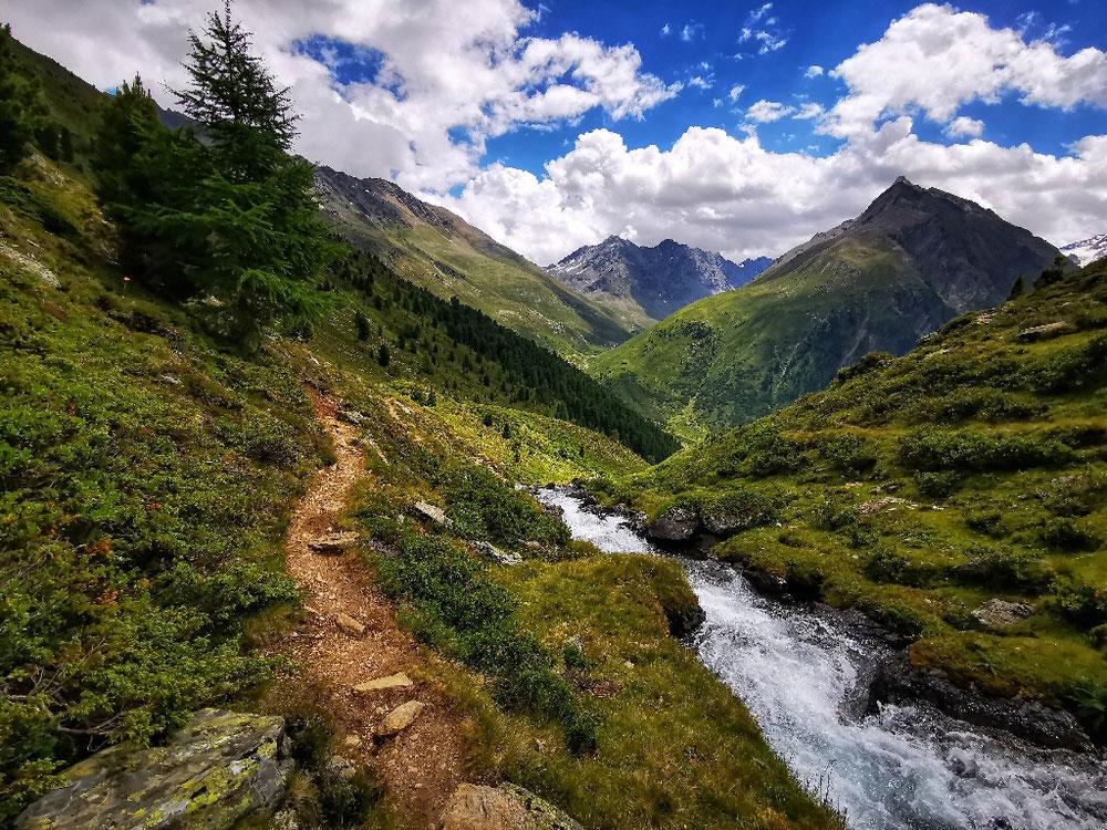 Wunderbarer Weg ins Tal