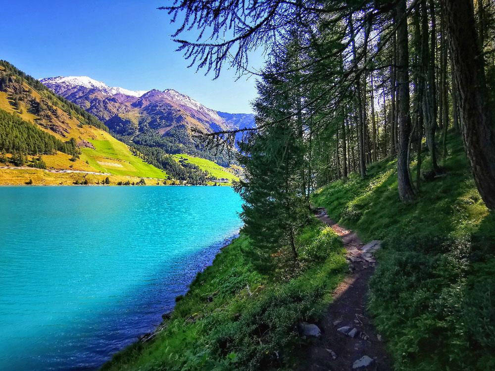 Der wunderbare Uferweg am Stausee Vernagt