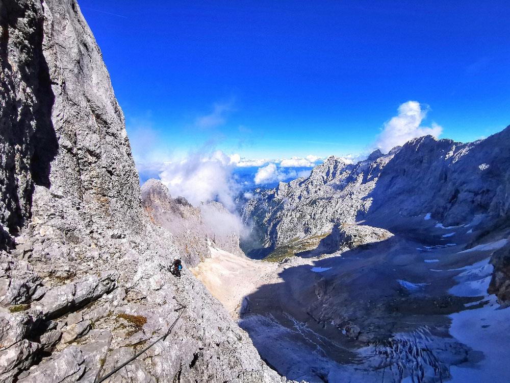 Atemberaubende Ausblicke im oberen Klettersteig