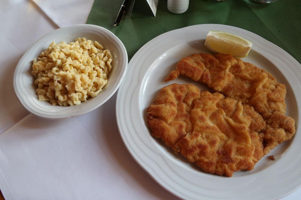Schnitzel mit Spätle Oostenrijk