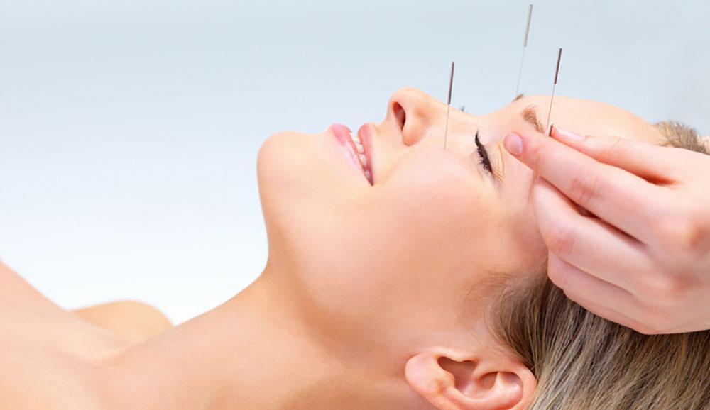 Akupunktur, An-Mo, Tui-Na, Phytotherapie, Moxa, Moxibustion, Ohrakupunktur, Schröpfen