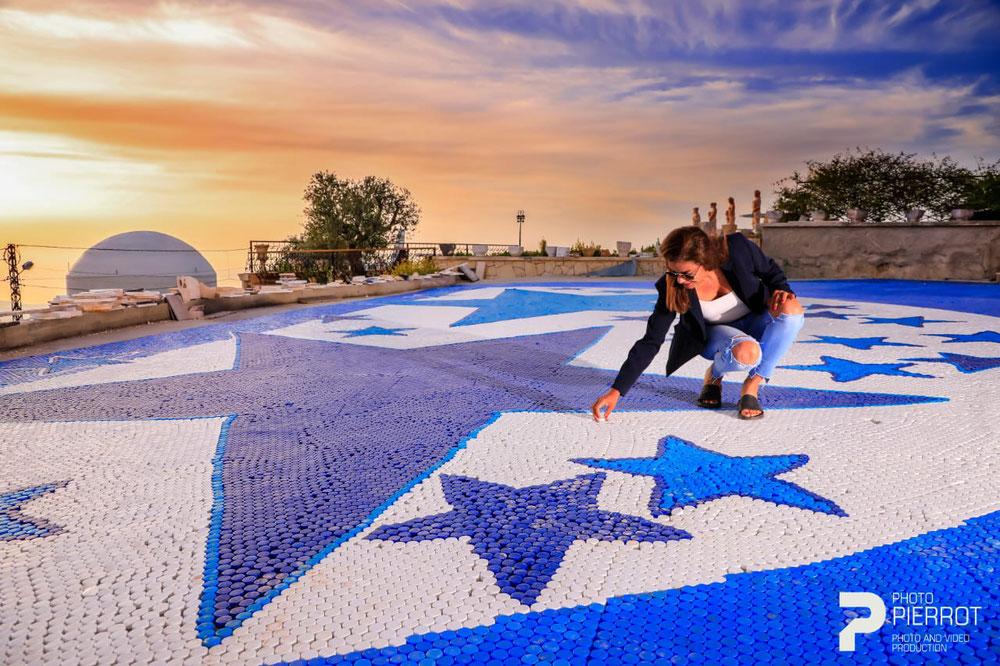 مشروعين لأكبر مجسم من العبوات البلاستيكية، وأكبر فسيفساء من أغطية العبوات تشهد مشاركة اقليمية