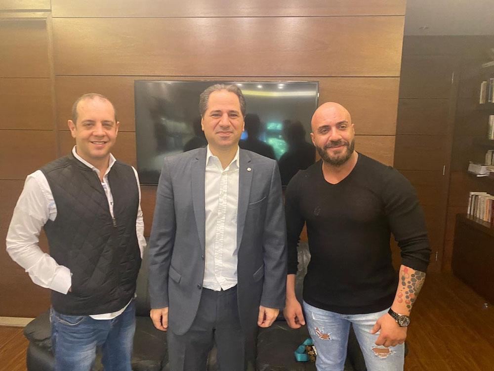 حلاق كان قد زار رئيس الكتائب سامي الجميل مع الإعلامي بيار البايع قبل مغادرته لبنان للمشاركة في البطولة العربية
