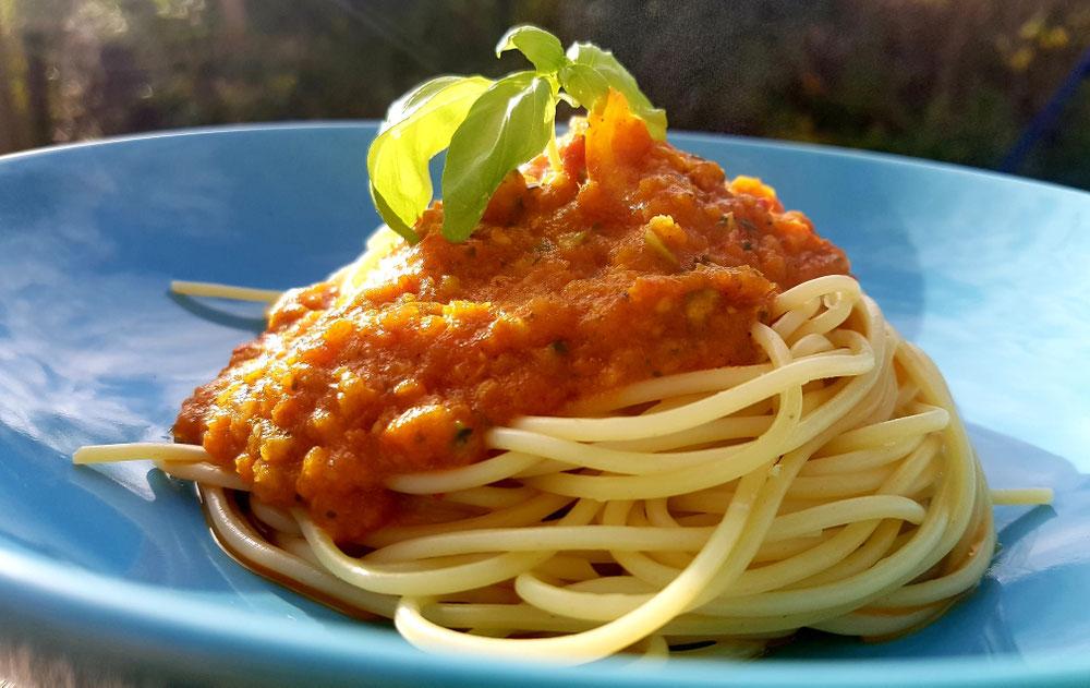 Pasta Soße oder Vegetarische Bolognese