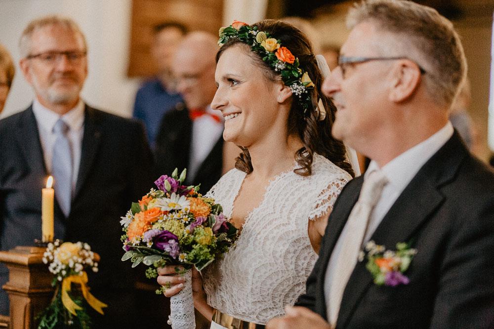 Bild: Trauung Hochzeit Hochzeitsreportage Hochzeitsfotos Hochzeitsfotograf Kirche Templin