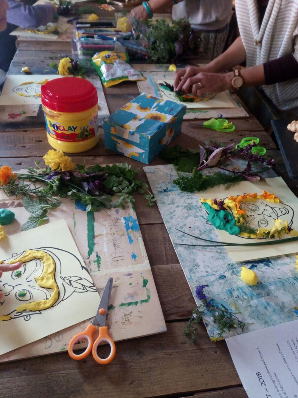 Laboratorio creativo di Piter Pan con le erbe aromatiche