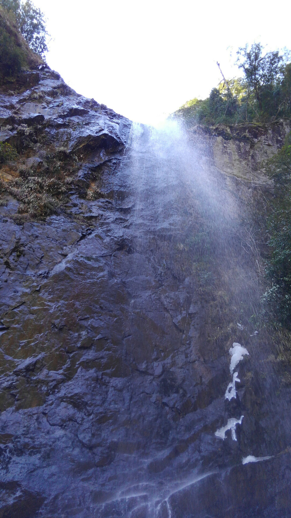 冬の六十尋の滝