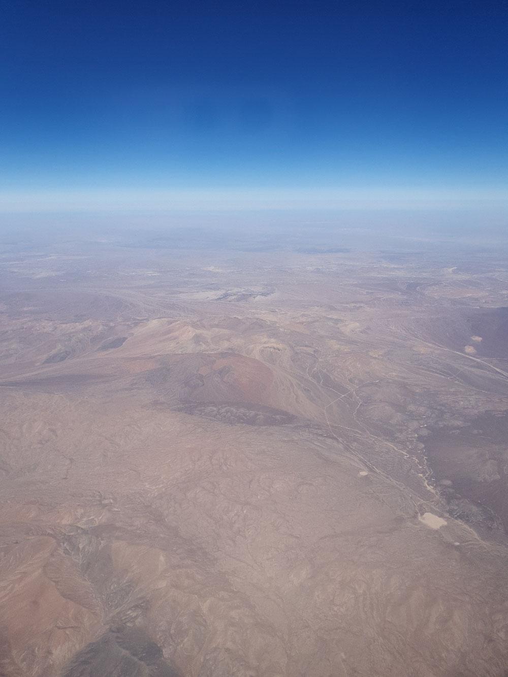 und zum Abschluß noch mal von oben Atacama in seiner ganzen Pracht
