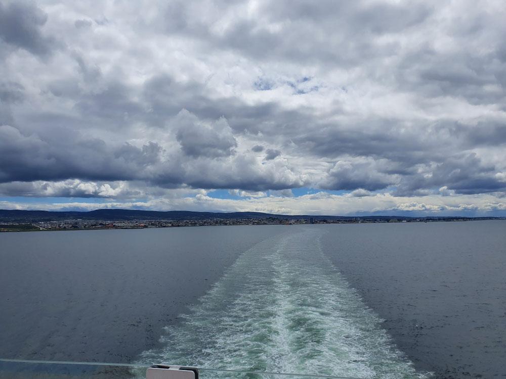 Endlich fahren wir los - Ciao, Punta Arenas!