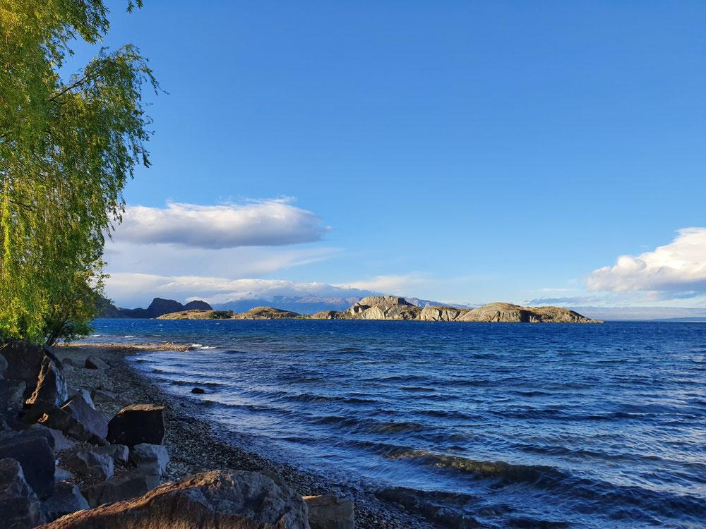 Ufer des Lago General Carrera, bei Chile Chico