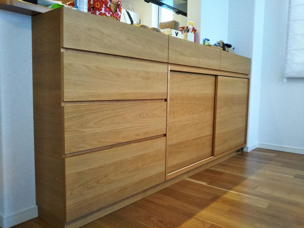 カウンター下収納 収納棚 チェリー 木の家具