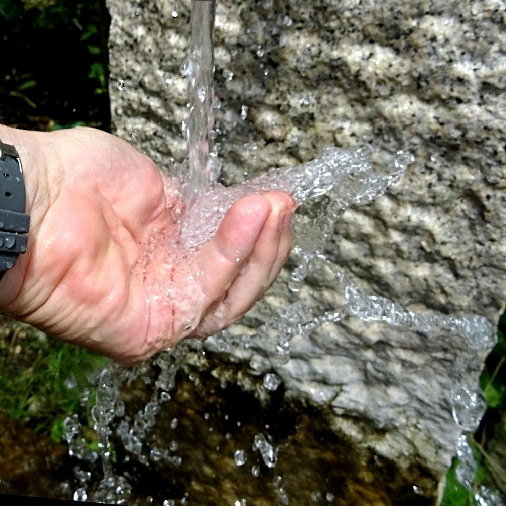 Wasser ist wie Zeit. Man kann beides nicht festhalten
