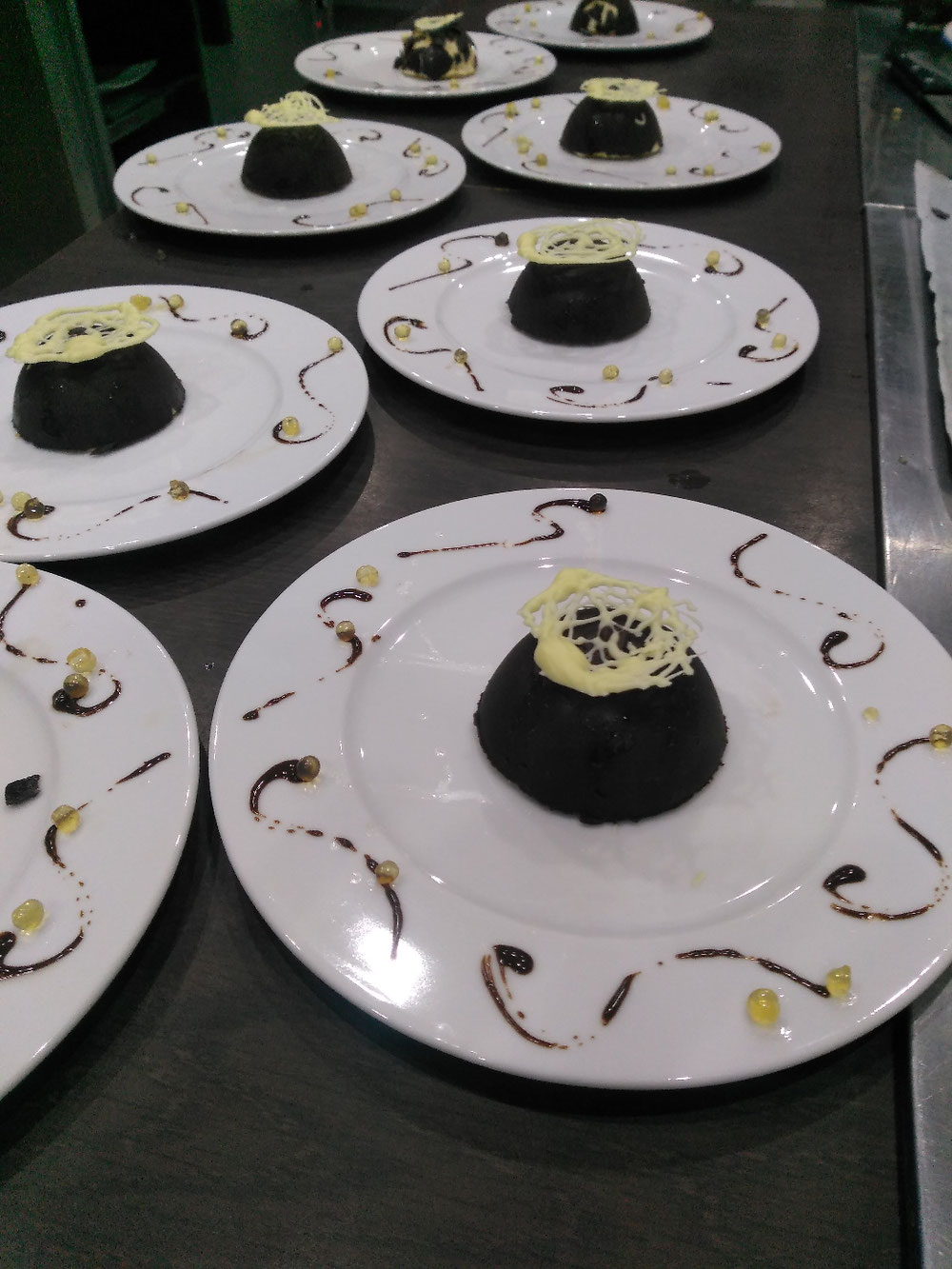 Domme chocolat mousse bavaroise aux rhum et crème de châtaignes