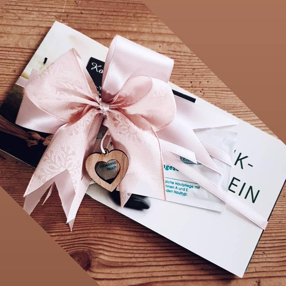 Geschenkgutscheine hübsch verpackt
