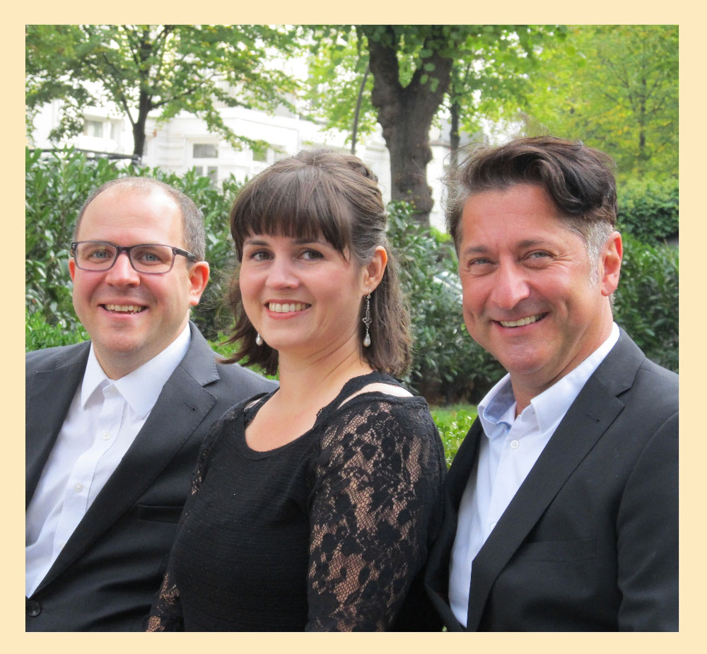 Markus Schell, Klavier/Gesang - Karolin Schell, Sängerin - Theodor Reichhardt, Sänger