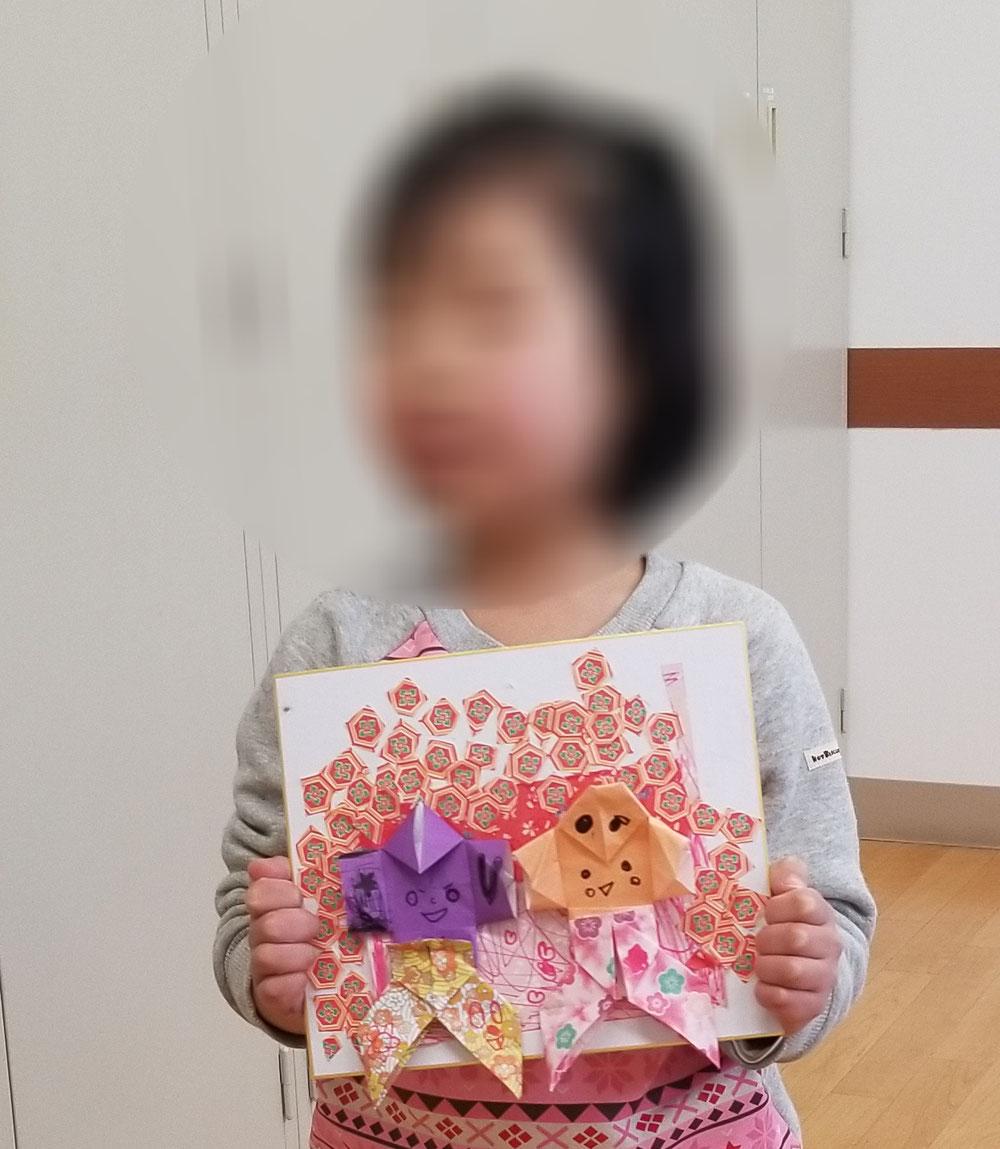 ママ見てる❓私のお雛様はお花がいっぱい❤️折り紙の柄をお花に見立てて素敵なお雛様❤